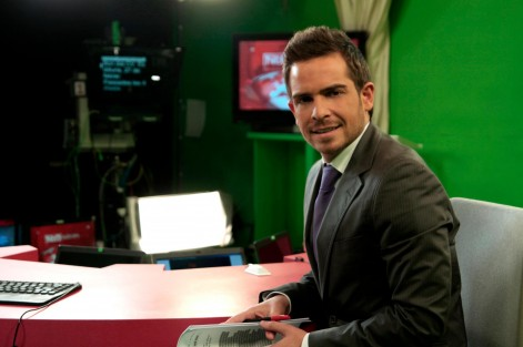 El periodista y presentador de RTVV, Josep Puchades, entre los profesores del máster en Periodismo en Televisión