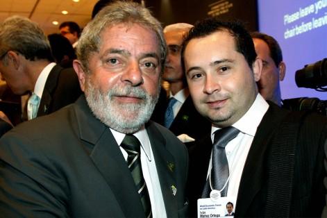 Global Asia ha alcanzado una gran proyección internacional. En la foto, con Lula da Silva, ex presidente de Brasil