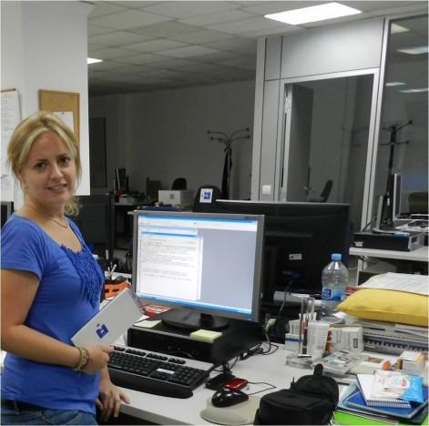 alumna del CEu en la agencia EFE