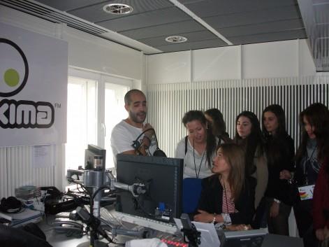 Máxima FM atrajo el interés de los estudiantes de la UCH-CEU