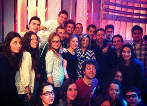 Mª Teresa Campos, con los estudiantes de la UCH-CEU