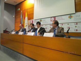 inauguracio_palacio_colomina_capacitacion_lenguas_UCHCEU (2)