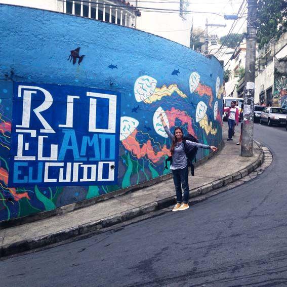 Río de Janeiro – La favela Babilonia, donde nos alojamos, se encuentra justo detrás de Copacabanna. Contrastes a flor de piel.