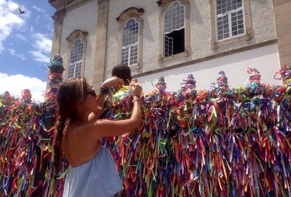 Salvador de Bahía – Senhor Do Bomfin es la iglesia más famosa de Salvador por sus nudos y deseos en las cintas de colores. Salvador tiene 365 iglesias.