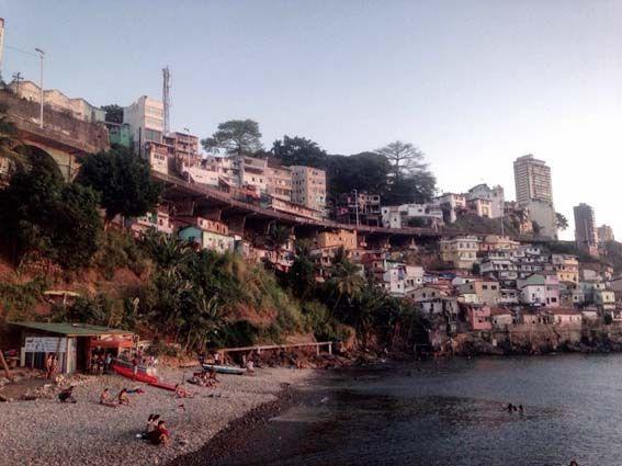 Salvador de Bahía – Desgraciadamente la desigualdad y la pobreza está muy presente día a día en Salvador