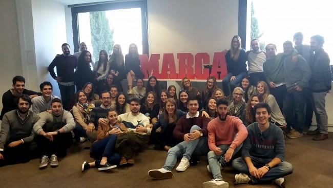 Los estudiantes visitaron las instalaciones de Marca.