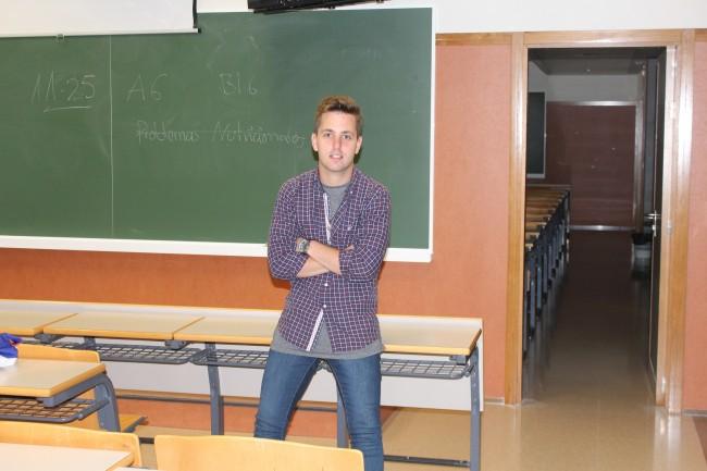 Luis Cortés valora muy positivamente su paso por las aulas.