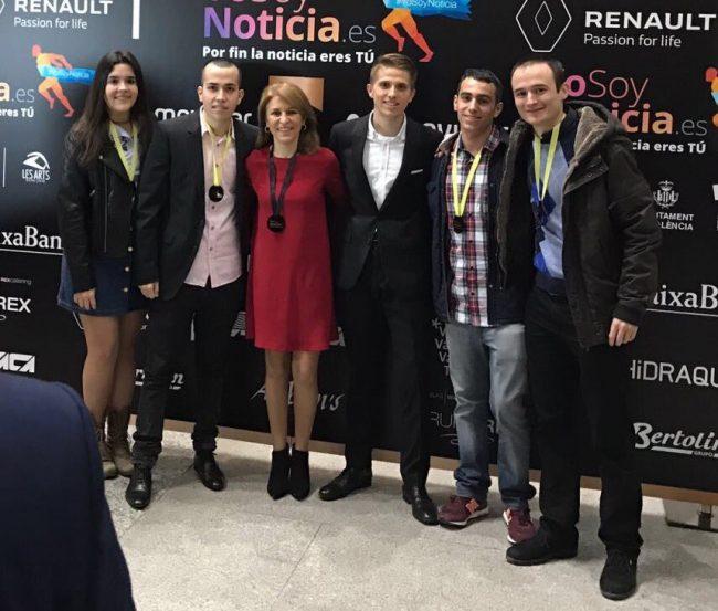 Alumnos de Periodismo de la UCHCEU estuvimos en la Gala