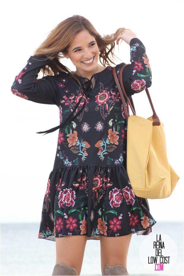 Pilar es una apasionada de la moda, la música y la poesía.