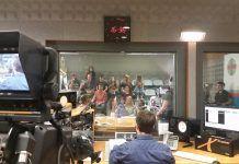 Las clases prácticas se imparten en los estudios de radio de la CEU-UCH.