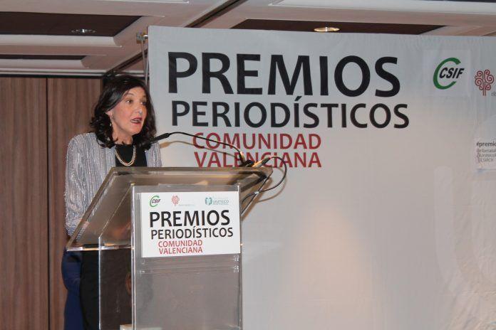 Ana Talens ha recibido el premio Periodista del Año en los Premios Periodísticos de la Comunidad Valenciana