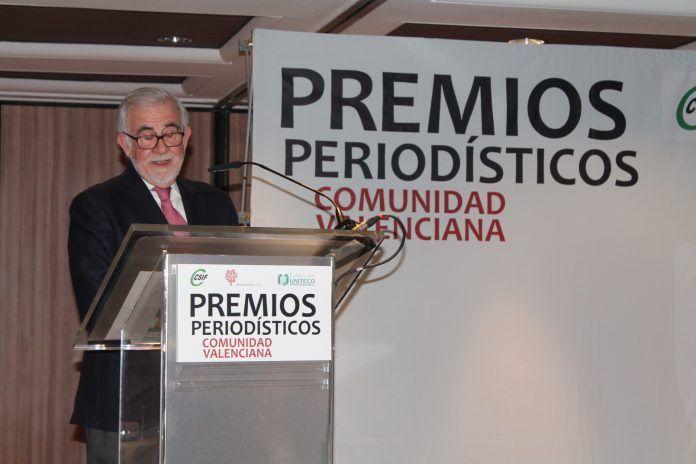 Francisco Pérez Puche ha recibido el premio a la Trayectoria Profesional en los Premios Periodísticos de la Comunidad Valenciana