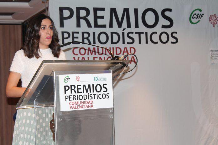Rosana ha recibido el premio Periodista Revelación en los Premios Periodísticos de la Comunidad Valenciana