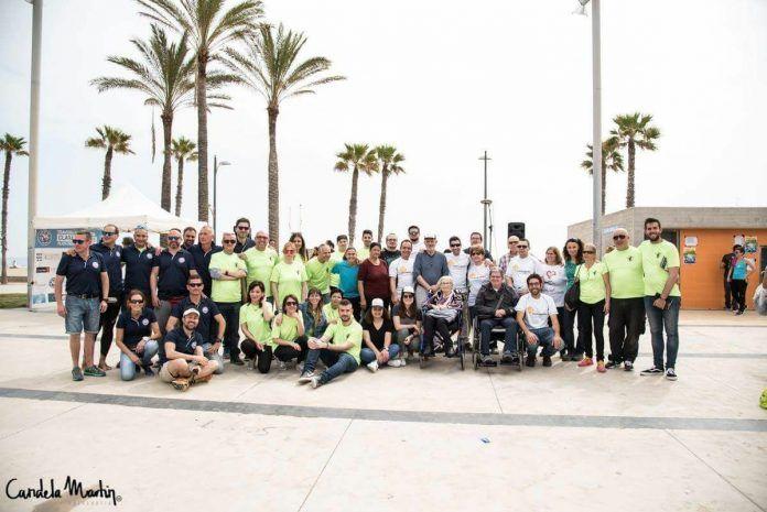 La travesía tuvo lugar el 21 de abril con 350 nadadores apuntados