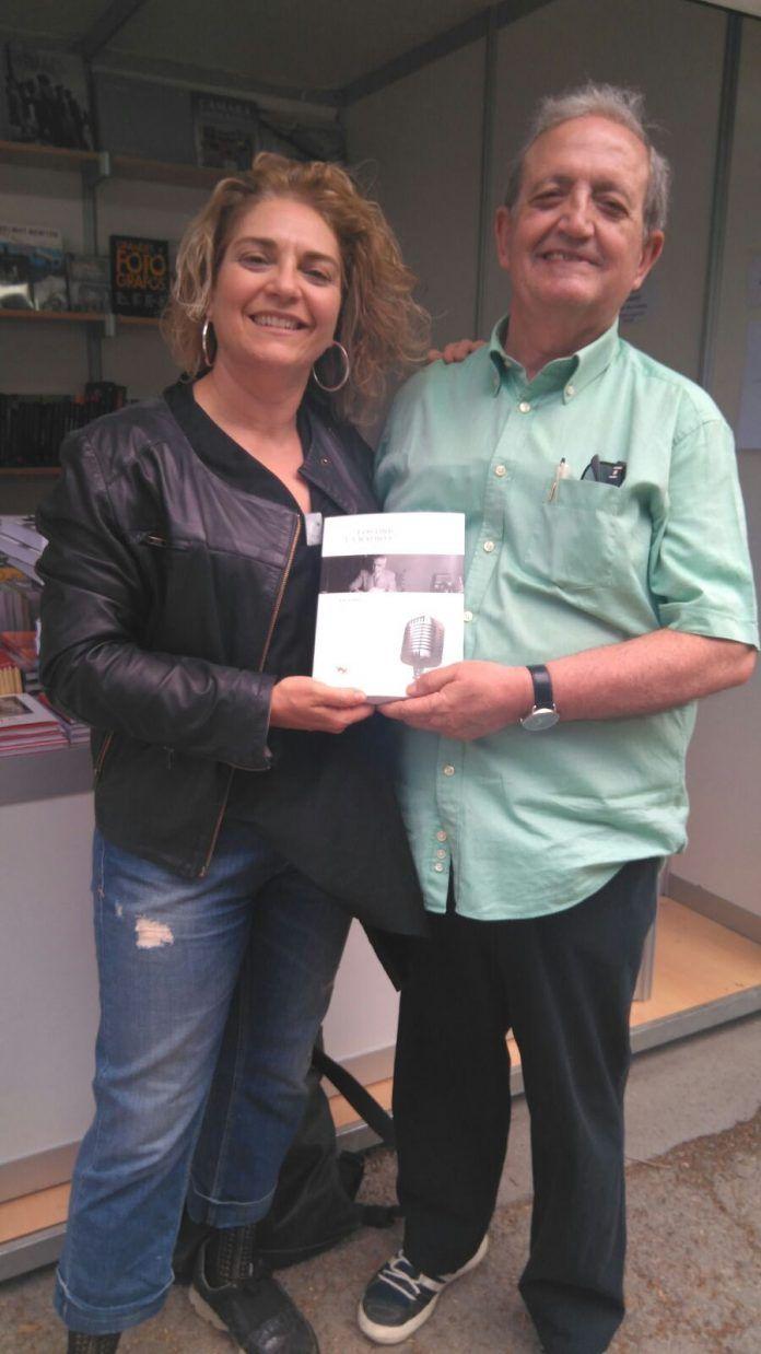 Los autores del libro sobre Enrique Valor han participado en la Fira del Llibre de València.