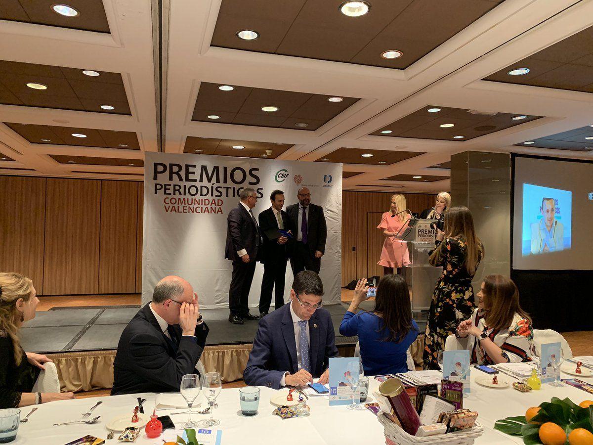 Héctor González, responsable de Comunicación del CSIFCV recibió un reconocimiento por su labor.