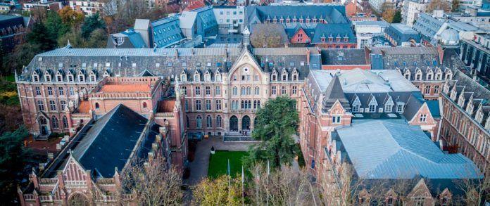 Vista áerea de la Université Catholique de Lille