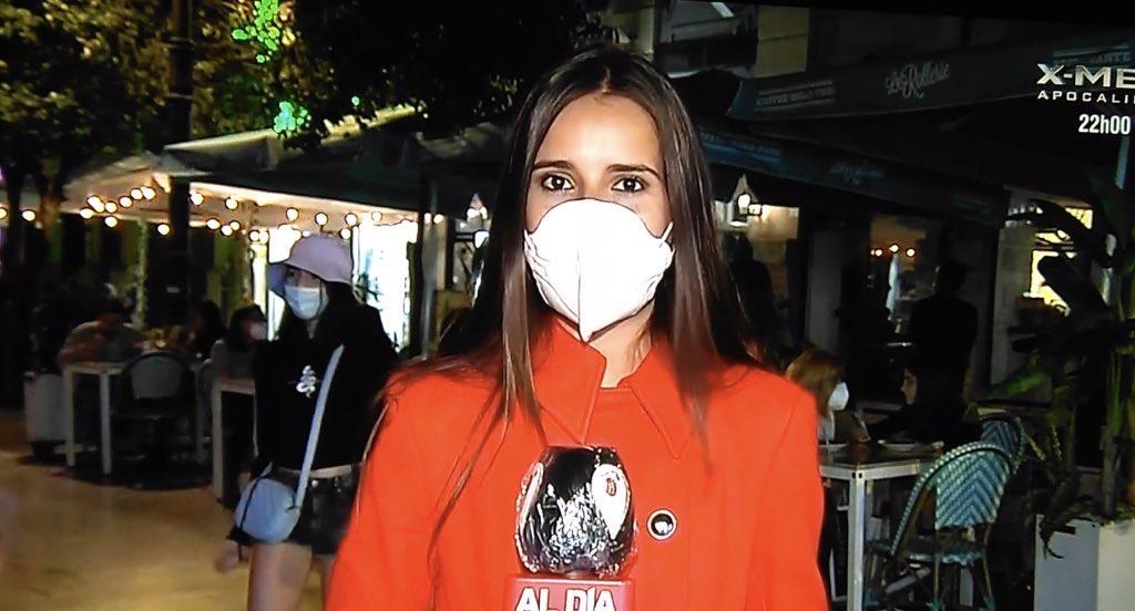 Paula Hernández anima a los futuros periodistas a encarar los estudios con optimismo.