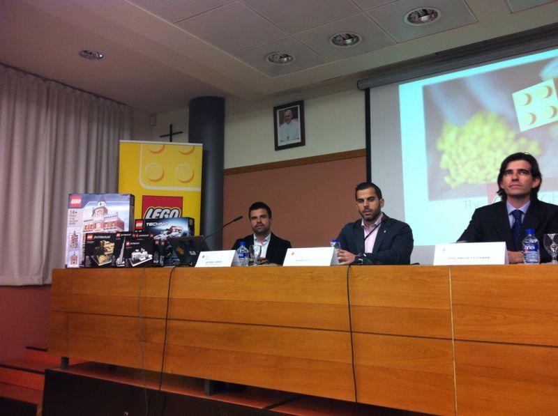 winner 2014 lego Briefing copia