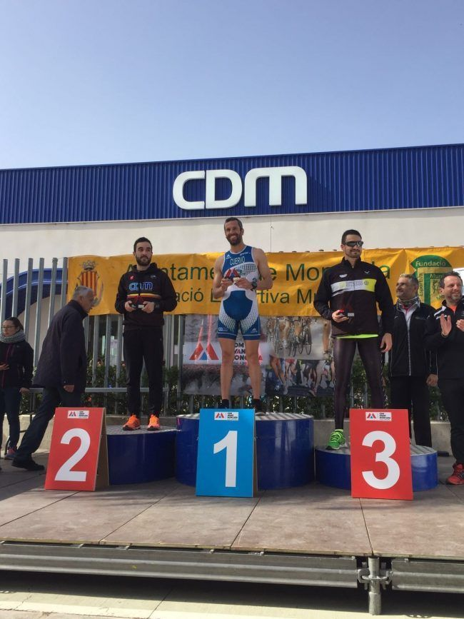 Juan podium