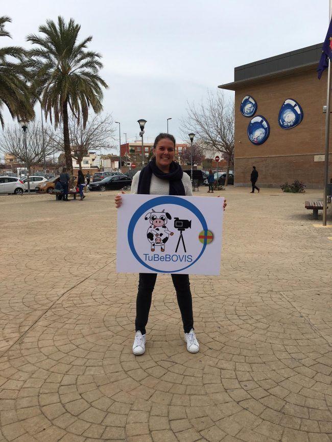 Sirine Harkouk, ganadora del concurso de logo tuBeBOVIS