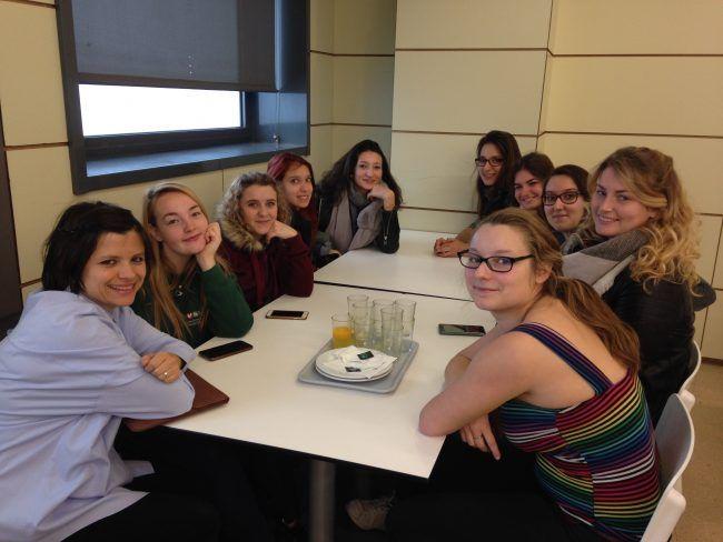 Desayuno de trabajo con las alumnas del grupo francés