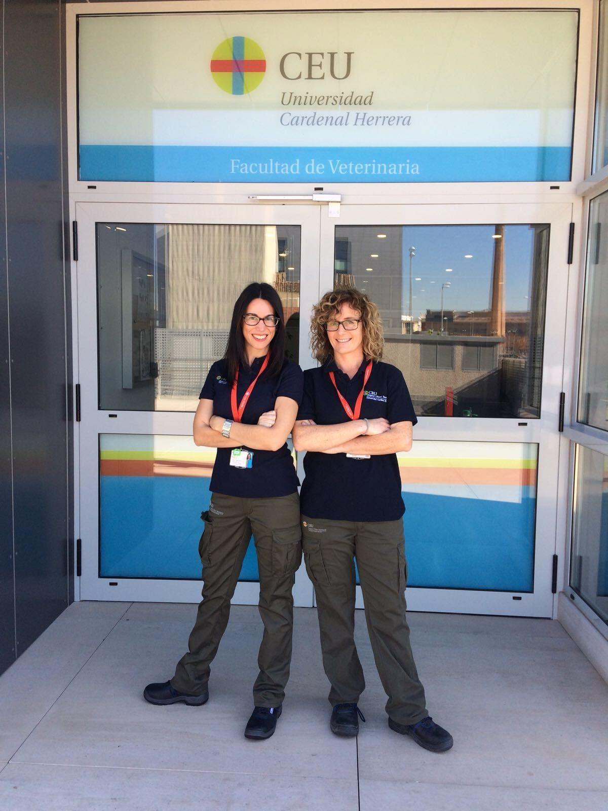 Maria Plaza y Rebeca Martínez responsables del Servicio de Reproducción Equina del HCV CEU