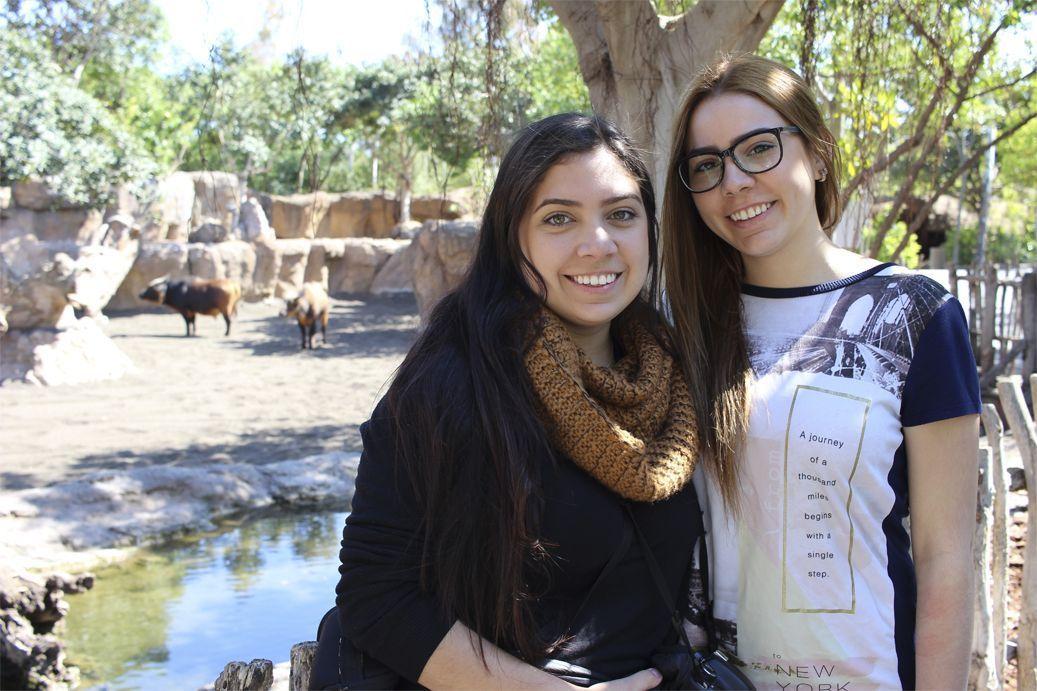Maite and her sister Oriana, also a CEU student!