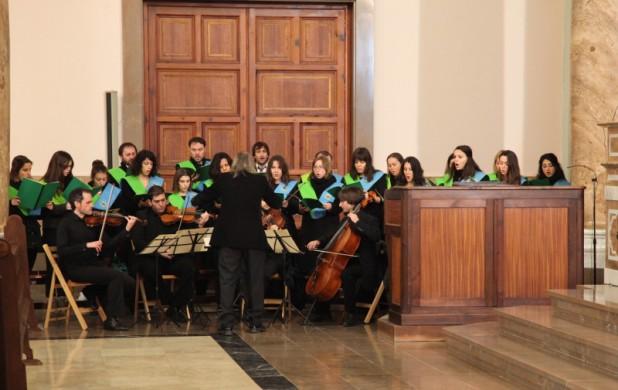 Actuación del Orfeón y Camerata CEU-UCH en la Navidad 2013-14